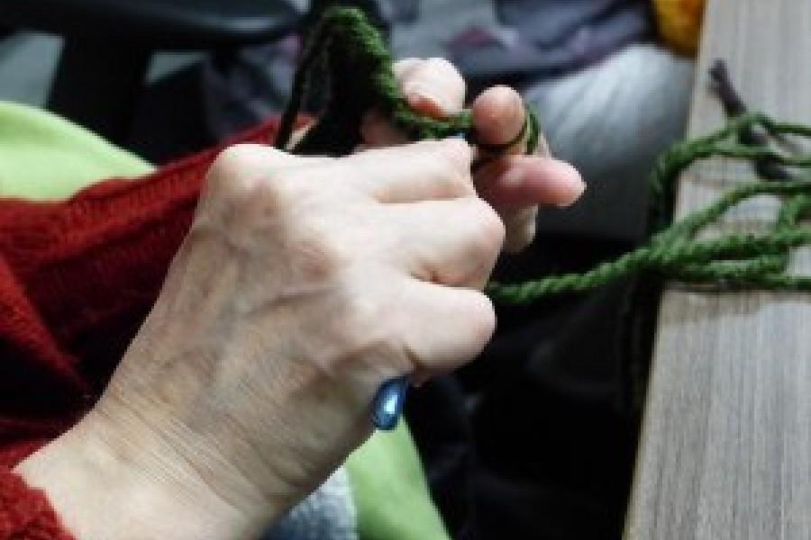 03 Knitting 300x225